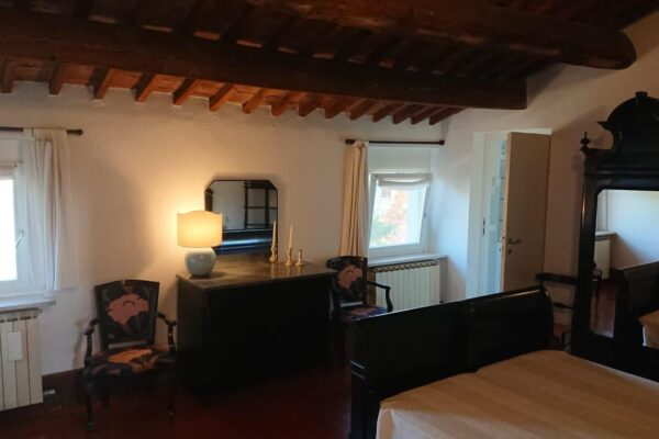 Verona mansarda arredata in Villa Antica